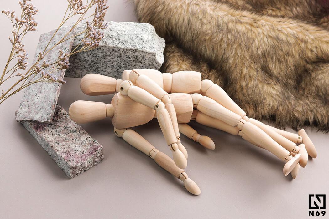masaż analny pozycja na boku